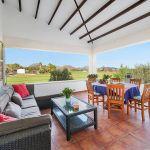 Villa Mallorca MA4293 Sitzecke auf der Terrasse