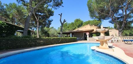 Mallorca Südostküste – Ferienhaus Cala Sanau 3995 in Strandnähe (500m) mit Internet, Grundstück 7.000qm, Wohnfläche 120qm. Wechseltag Samstag.