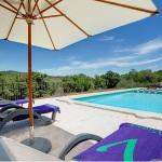 Ferienhaus Mallorca MA33183 - Poolterrasse mit Liegestühlen