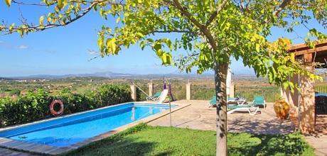 Mallorca Südostküste – Komfort Ferienhaus Felanitx 3016 mit Pool und Panoramablick, Grundstück 15.000qm, Wohnfläche 140qm. Juli / August Wechseltag Samstag, Nebensaison flexibel – Mindestmietzeit 1 Woche.
