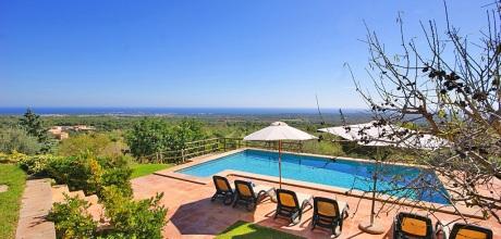 Mallorca Südostküste – Ferienhaus S'Horta 3079 mit Pool und Meerblick, Strand 4,5km, Grundstück 15.500qm, Wohnfläche 200qm. Wechseltag Samstag – Mindestmietzeit 1 Woche