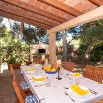 Ferienhaus Mallorca MA3879 Esstisch auf der Terrasse