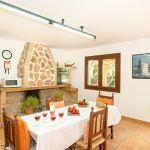 Ferienhaus Mallorca MA3879 Esstisch in der Küche