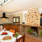 Ferienhaus Mallorca MA3879 Küche mit Esstisch