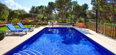 Mallorca Südostküste – Ferienhaus Cala Sanau 3879 mit Pool in Strandnähe (400m), Grundstück 4.500qm, Wohnfläche 120qm. Wechseltag Samstag – Mindestmietzeit 1 Woche, Sonderpreise im April / Mai