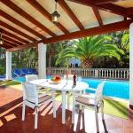 Ferienhaus Mallorca MA3880 -Gartentisch
