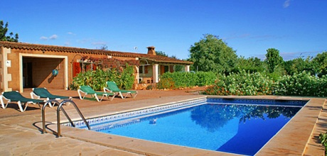 Mallorca Südostküste – Ferienhaus S'Horta 3080 mit Pool, Strand ca. 2km, Grundstück 3.500qm, Wohnfläche 120qm. Wechseltag flexibel – Mindestmietzeit 1 Woche