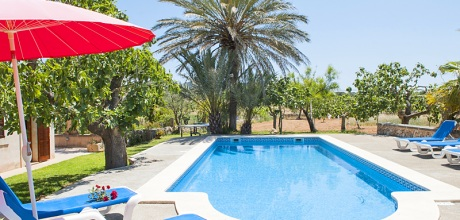 Mallorca Südostküste – Finca Cas Concos 3960 mit Pool und Flair, Grundstück 30.000qm, Garten 1.000qm, Wohnfläche ca. 200qm. Wechseltag flexibel – Mindestmietzeit 1 Woche