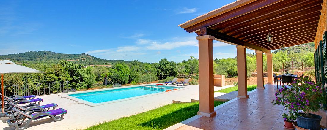 Luxus-Ferienhaus Mallorca MA33183 Blick auf den Swimming-Pool