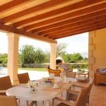 Mallorca Ferienhaus MA3925 Esstisch auf der Terrasse