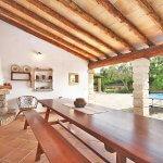Finca Mallorca MA3530 Grillbereich mit Esstisch