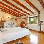 Finca Mallorca MA3530 Schlafzimmer mit Doppelbett