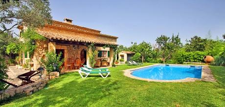 Mallorca Nordküste – Komfort Finca Pollensa MA3530 mit Pool, Strand 4,2km, Grundstück 2.000qm, Wohnfläche 164qm. An- und Abreisetag nur Samstag.