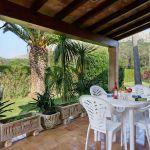 ferienhaus-mallorca-ma3569-esstisch-auf-der-terrasse