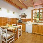 Finca Mallorca MA3505 Küche mit Tisch