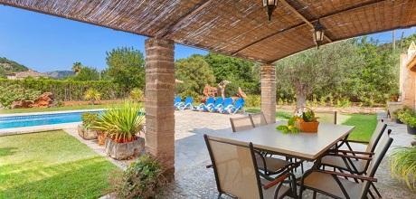 Mallorca Nordküste – Ferienhaus Pollensa 3520 mit Pool, Strand 3,8km. 03.07. – 27.08.21: Wechseltag Samstag, Nebensaison flexibel.