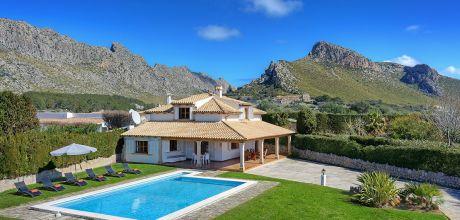 Mallorca Nordküste – Ferienhaus Puerto Pollensa 3181 für 6 Personen mit Pool in Strandnähe (1,2km). Anreise- und Abreisetag Samstag, in der Nebensaison flexibel, Mindestmietzeit 1 Woche.