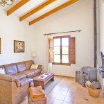 Ferienhaus Mallorca MA3065 Sitzecke mit Kaminofen