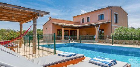 Mallorca Nordküste – Komfort Ferienhaus Pollensa 3068 mit umzäunten Pool, Grundstück 3.000qm, Wohnfläche 225qm, Strand 3km. An- und Abreisetag Samstag!