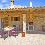 Ferienhaus Mallorca MA3069 überdachte Terrasse mit Grill
