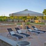 Ferienhaus Mallorca MA3069 Terrasse in der Abenddämmerung