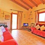 Ferienhaus Mallorca MA3069 Wohnraum mit Couch