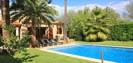 Mallorca Nordküste – Deluxe Ferienhaus Inca 3301 mit Pool, Grundstück 2.000qm, Wohnfläche 125qm. Wechseltag flexibel – Mindestmietzeit 1 Woche
