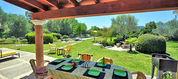 espritvillas autor auf ferienhaus finca mit pool. Black Bedroom Furniture Sets. Home Design Ideas