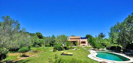 Mallorca Nordküste – Ferienhaus Pollensa 3340 mit Pool in ruhiger Lage, Strand 4km, Grundstück 35.000qm, Wohnfläche 280qm. Wechseltag flexibel – Mindestmietzeit 1 Woche