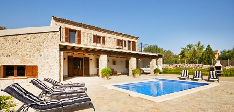 Mallorca Nordküste – Komfort Finca Alcudia 31034 mit Pool und schönem Blick, Grundstück 6.000qm, Wohnfläche 180qm. Vom 31.05. – 14.09.19 Wechseltag Samstag, Rest flexibel – Mindestmietzeit 1 Woche.