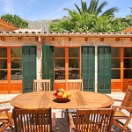 Finca Mallorca MA3380 - Terrasse mit Gartentisch