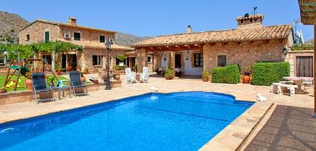 Mallorca Nordküste – Komfort-Ferienhaus Pollensa 3437 mit Pool und Spielplatz, Strand 6km, Grundstück 6.000qm, Wohnfläche 300qm. An- und Abreisetag Samstag.