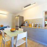 Luxus-Finca Mallorca MA3350 Küche mit Tisch