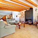 Luxus-Finca Mallorca MA3350 Sitzecke mit Kamin und TV