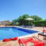 Luxusfinca Mallorca MA3260 Pool mit Sonnenliegen