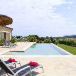 villa-mallorca-ma3150-sonnenliegen-am-pool