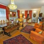 Ferienhaus Toskana TOH601 - Aufenthaltsraum mit zahlreichen Sitzgelegenheiten