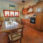 Ferienhaus Toskana TOH601 - Kücheneinrichtung aus Holz