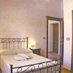 Ferienhaus Toskana TOH615 Doppelzimmer mit Zugang zum Bad