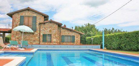 Ferienhaus Toskana für 14 Personen Castiglione del Lago 615 mit Pool am Lago Trasimeno, Wohnfläche 220qm, kostenlose Stornierung bis 45 Tage vor Anreise für alle Neubuchungen, 03.07. – 28.08.21 Wechseltag Samstag, Rest flexibel.