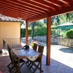 Ferienhaus Toskana TOH725 - Esstisch auf der Terrasse