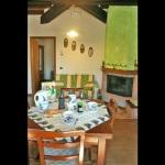 Ferienhaus Toskana TOH725 - Esstisch und Kamin