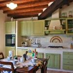 Ferienhaus Toskana TOH725 - Küche mit Esstisch