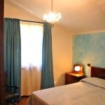 Ferienhaus Toskana TOH725 - Schlafraum mit Doppelbett