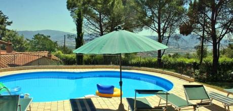 Ferienhaus Toskana Arezzo 725 mit Pool und beheiztem Garten-Whirlpool, kostenlose Stornierung bis 45 Tage vor Anreise für alle Neubuchungen, Wechseltag Samstag, Nebensaison flexibel auf Anfrage.