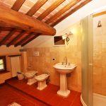 Ferienhaus Toskana TOH730 Bad mit Dachschräge
