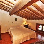 Ferienhaus Toskana TOH730 Schlafzimmer mit Doppelbett