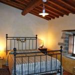 Ferienhaus Toskana TOH745 - Schlafzimmer mit Doppelbett