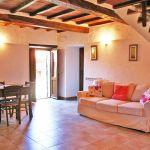 Ferienhaus Toskana TOH765 Esstisch mit Couch