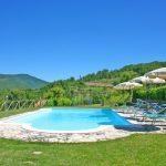 Ferienhaus Toskana TOH765 Pool mit Sonnenliegen